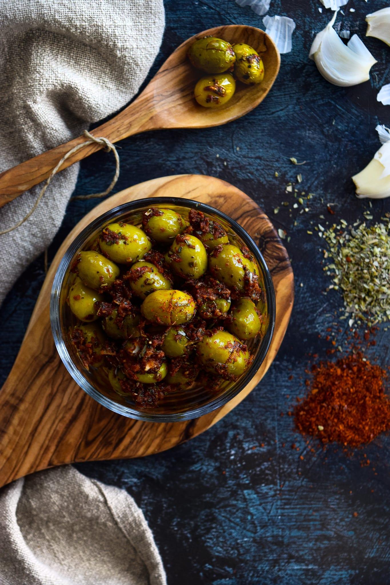 Salad Bar Olives