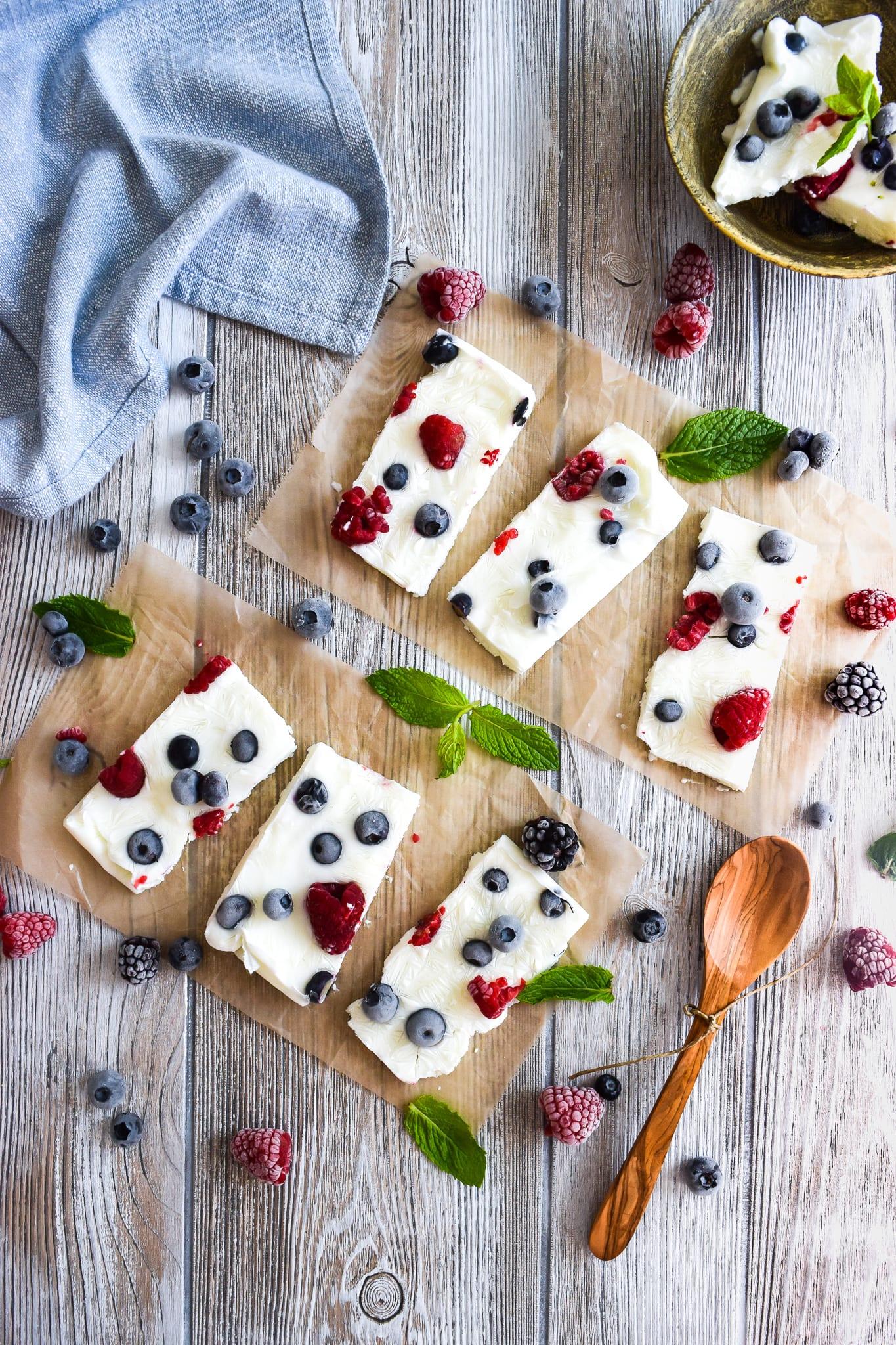 Frozen Yogurt Berry Bars