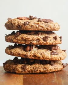 how to make the best chocolate chip pecan cookie
