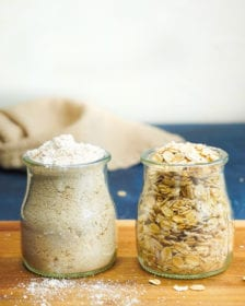 how to make oat flour in a blender or food processor