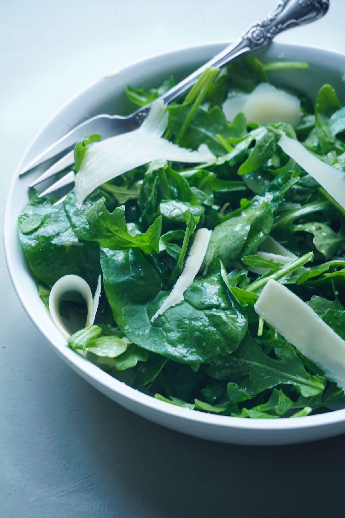 simple-arugula-salad