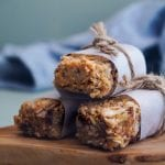 Soft-Coconut-Cashew-Granola-Bars-with-chocolate-chips