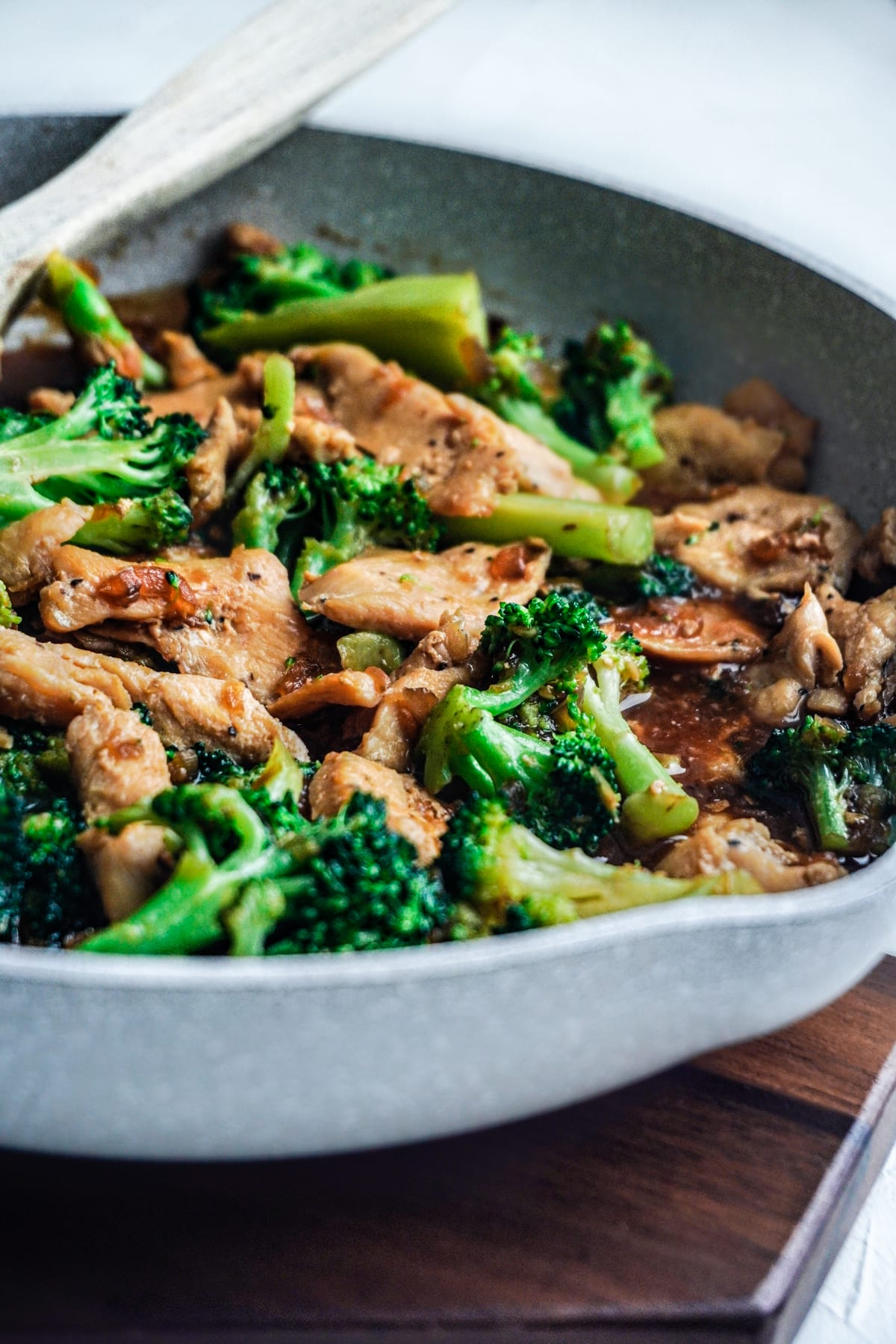 A pan of Chinese chicken and broccoli