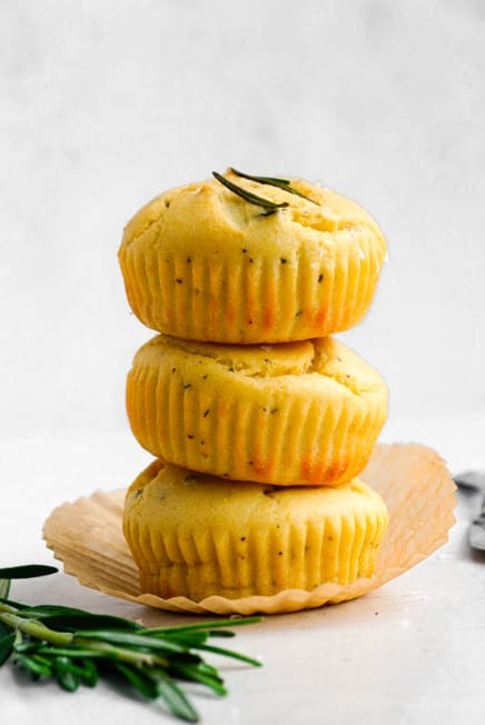 muffins with rosemary